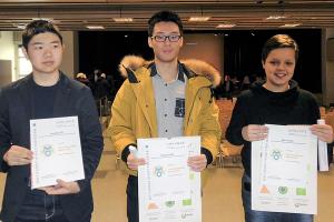 Drei der vier Preisträger bei der Siegerehrung